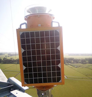How to fit the solar powered aviation obstruction  l ight