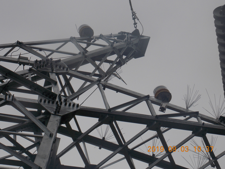Aircraft Warning Light System for 550KV High Voltage Power Line/Transmission Tower